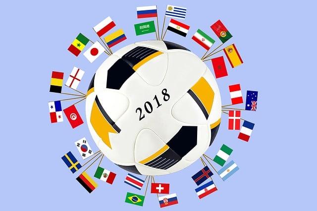 drapeaux des équipes de la coupe du monde