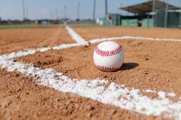 pratiquant de baseball